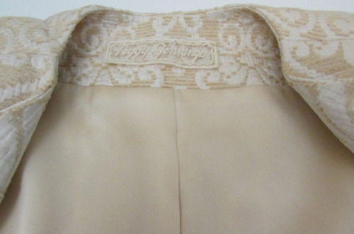 Ivory Beige Flowers Quilted Vintage Long Jacket Authentic Peggy Jennings Women Classic Size 8