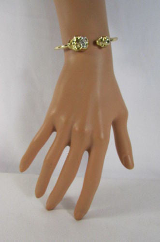 Gold Cuff Bracelet  2 Skulls Head Rhinestone Halloween Fashion New Women Jewelry Accessories - alwaystyle4you - 3