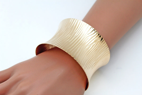 Gold / Silver Metal Wide Bracelet Light Trendy Shiny Style New Women Fashion Jewelry Accessories - alwaystyle4you - 2