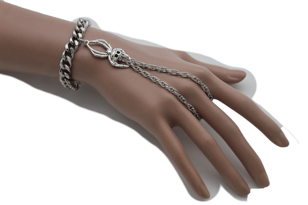 Silver Metal Hand Chain Bracelet Slave Ring Small Spider Skull Halloween New Women Accessories