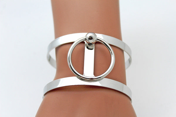 Silver Metal Cuff Bracelet Bangle Geometric Cut Outs With A Center Ring Adjustable New Women Fashion Jewelry Accessories