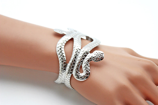Gold / Silver Metal Cuff Bracelet Cobra Snake Trendy Wrap Around New Women Fashion Jewelry Accessories - alwaystyle4you - 3