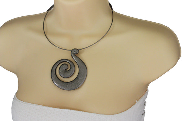 Silver Or Pewter Black Choker Thin Metal Snail Spin Swirl Charm Necklace Earrings Set New Women Fashion Jewelry Accessories