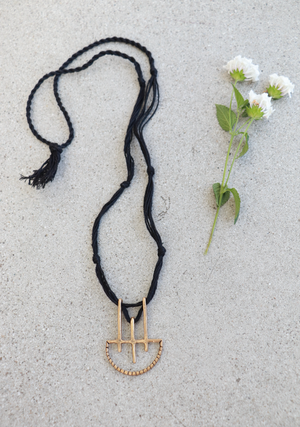 Onatah Necklace || Black