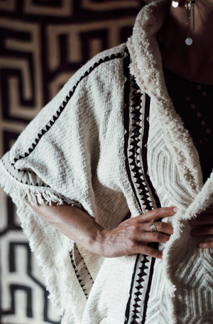 Crow Poncho || Cream & Black