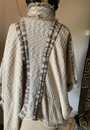 Crow Poncho || Cream