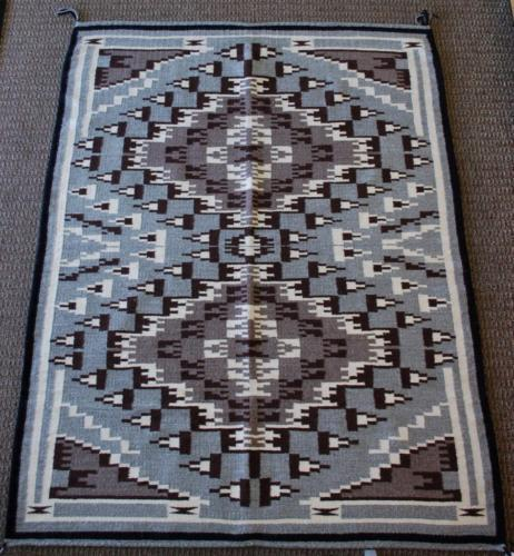 Navajo Handwoven Two Grey Hills Rug NJ51Y