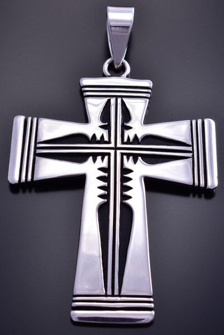 All Silver Navajo Handmade Arrowhead Cross Pendant by Kerrie Begay 9E29N