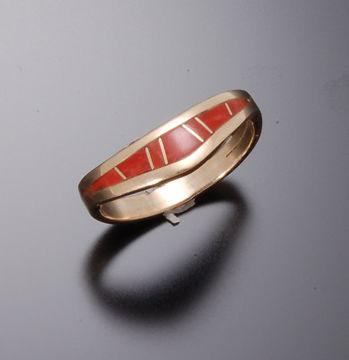 ZBM 14k Gold CORAL INLAY RING WITH CURVE By Erick Begay CD50A