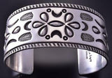All Silver Navajo Four Feathers Men's Stamped Bracelet by Erick Begay ZC27H