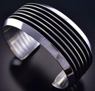 All Silver Navajo Handmade Lines Bracelet by Tom Hawk ZJ13D