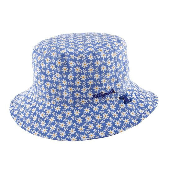 Millymook Bucket Hat Viola Blue.  Hat showing side with light blue background with white daisies.