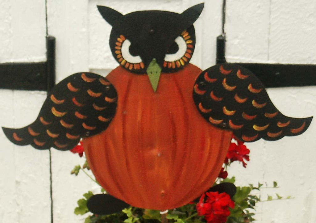 Owl Pumpkin Stake - Kitty's Ltd.