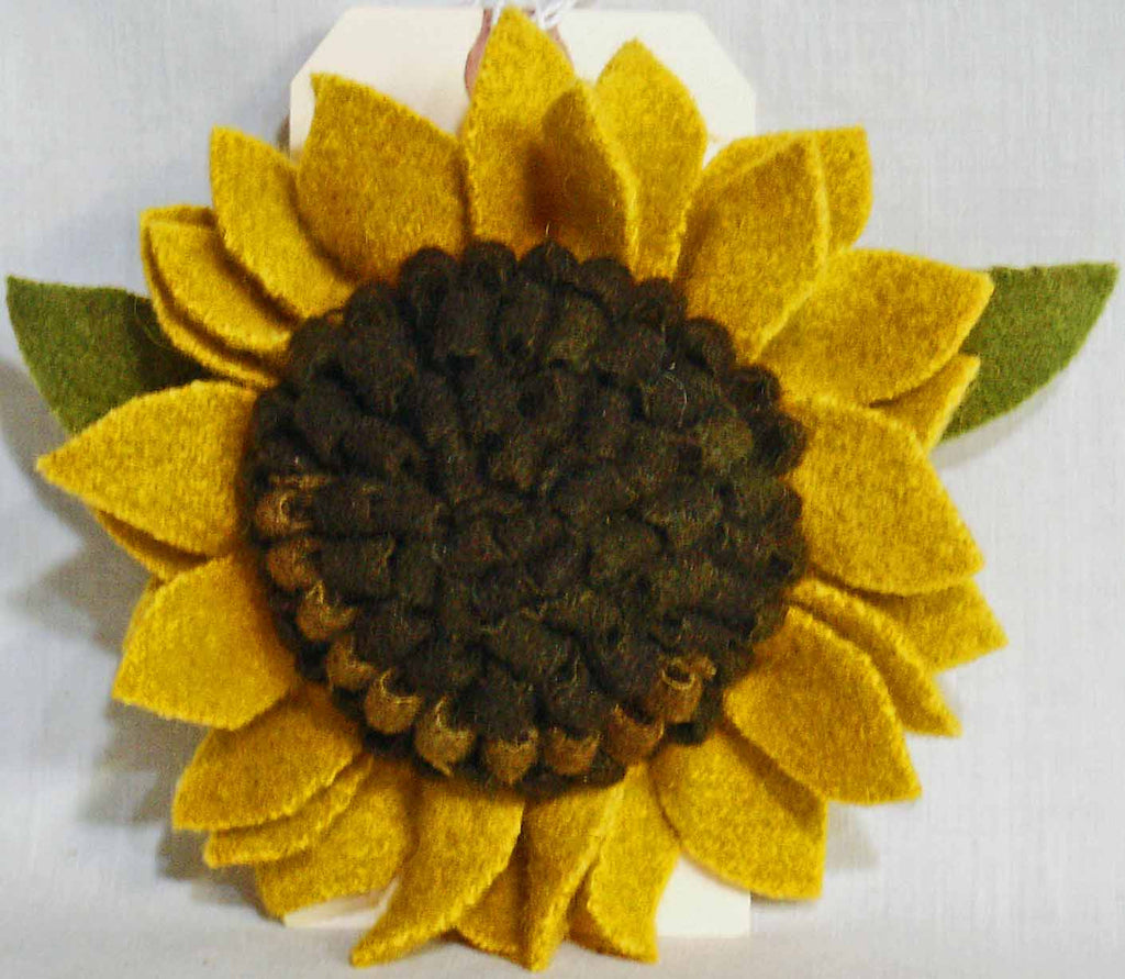 Sunflower Pin - Kitty's Ltd.