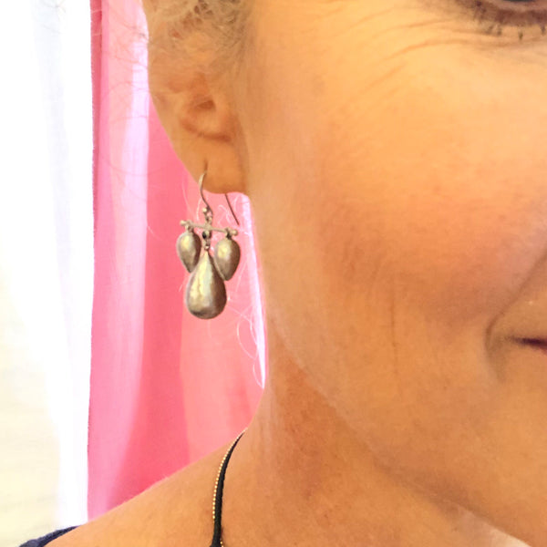 Carbon marina earrings