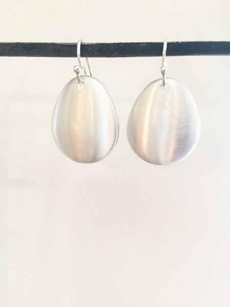 Shield earrings large