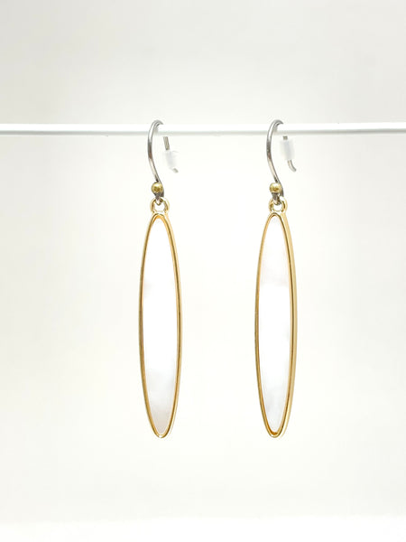 Mother of pearl oblong earrings