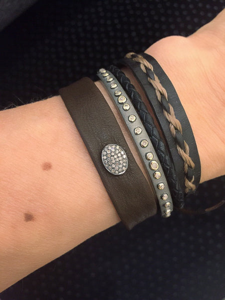Diamond button leather bracelet