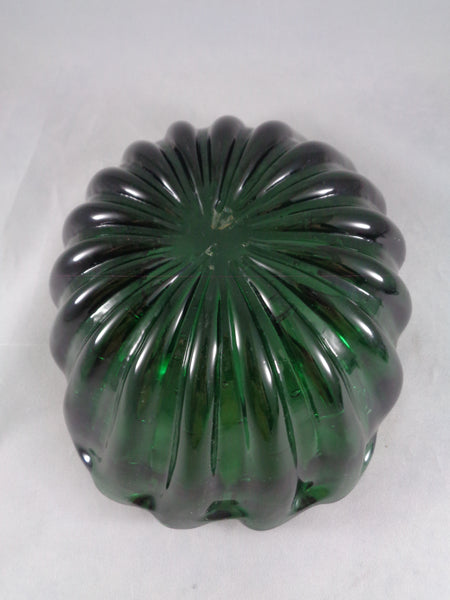 Green Art Glass Scalloped Edge Bowl - The Other Alley