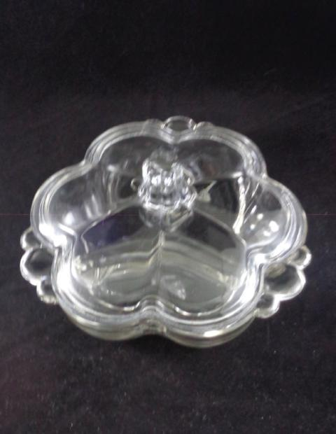 Flower Shaped 3 Section Dish With Lid - The Other Alley