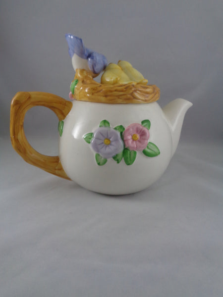 Teleflora Bird's Nest Tea Pot