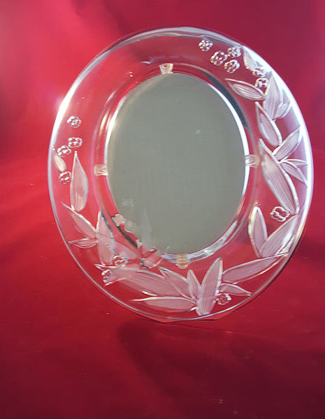 Oval Glass Picture Frame - Frosted Leaf/Flower Design - The Other Alley