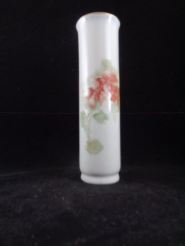 Porcelain Bud Vase With Peach Lillies - The Other Alley