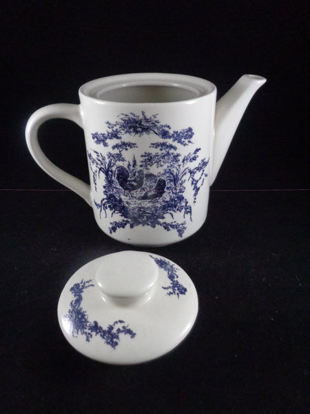 California Pantry Blue Rooster Tea Pot