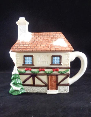 Ye Olde Cottage Tea Pot