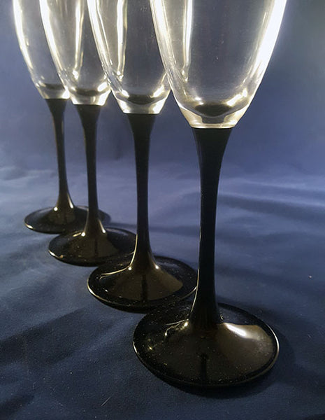 Set of 4 Black Stemmed Flutes - The Other Alley
