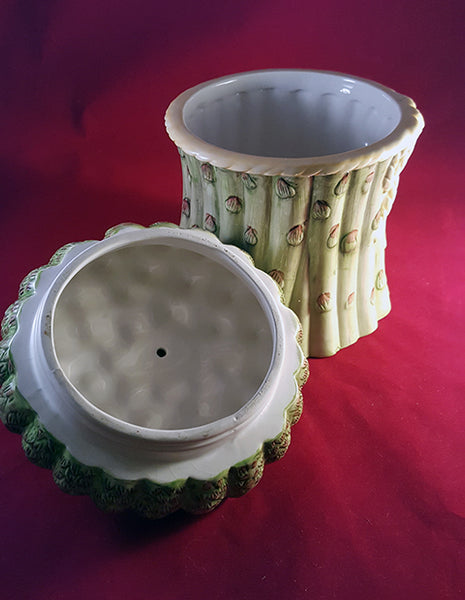 Asparagus Canister with Eggplant on Lid - The Other Alley