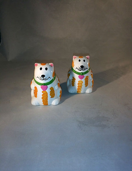 Kitty Cat Salt And Pepper Shakers - The Other Alley