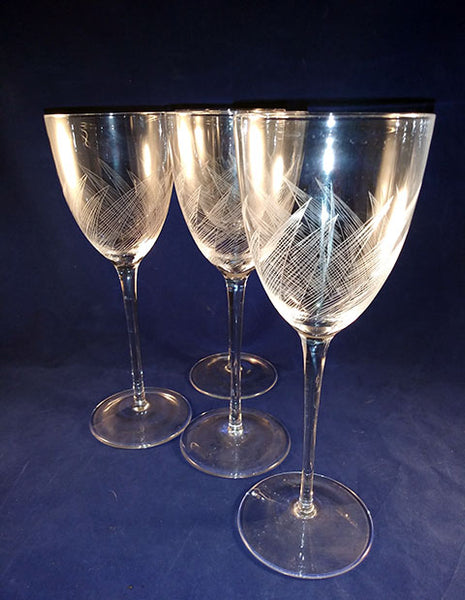 Extra Large Leaf Etched Stemware - The Other Alley