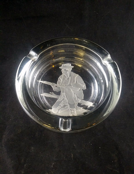 Sportsman, Hunter Etched Ashtray - The Other Alley