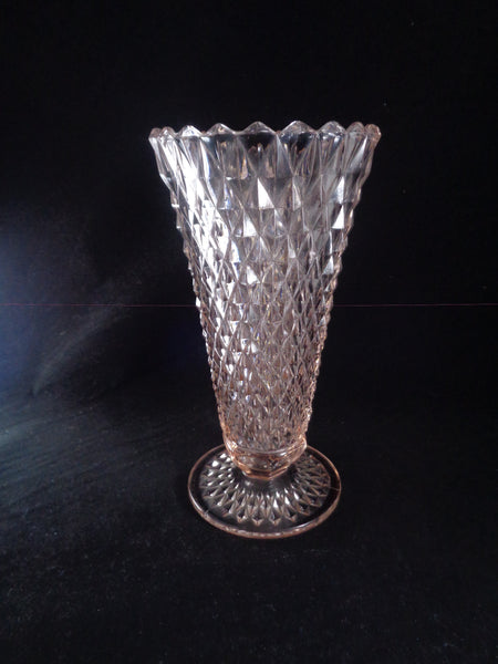 Pink Glass Diamond Point Vase - The Other Alley