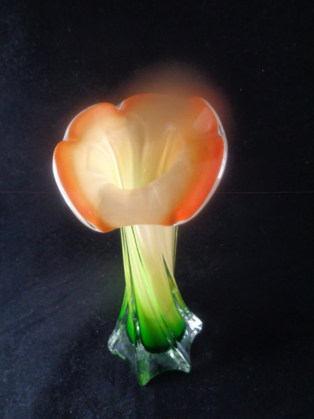 Stretched Glass Table Vase Flower Rim - The Other Alley