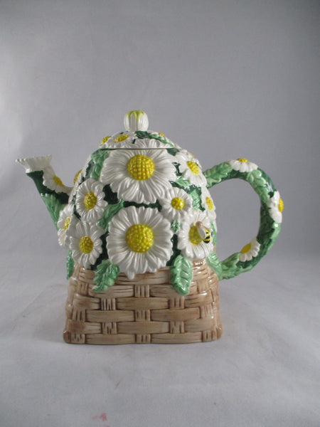 Daisy Stonelite Teapot - The Other Alley