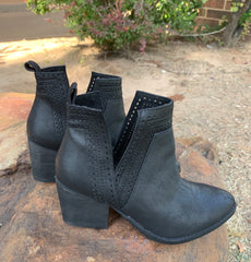 NOT RATED Black SHAINA LaserCut Cutout Bootie