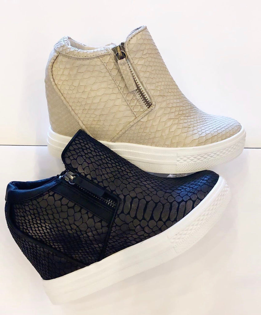 NOT RATED Python Embossed TIMMIBELLE Hidden Wedge Sneaker Shoes