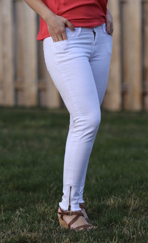 MESMERIZE Curvy Ankle Zip Skinny White Jeans
