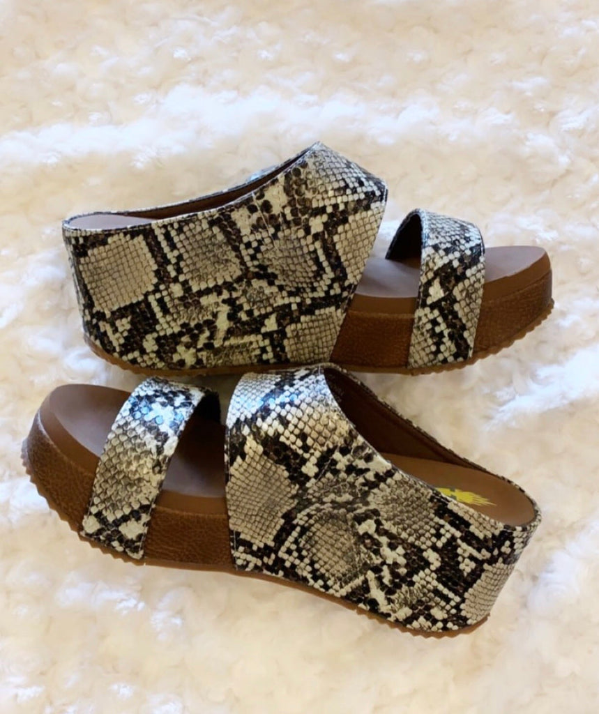 VERY VOLATILE Python Embossed JUSTIFY Dual Band Covered Platform Wedge Sandal