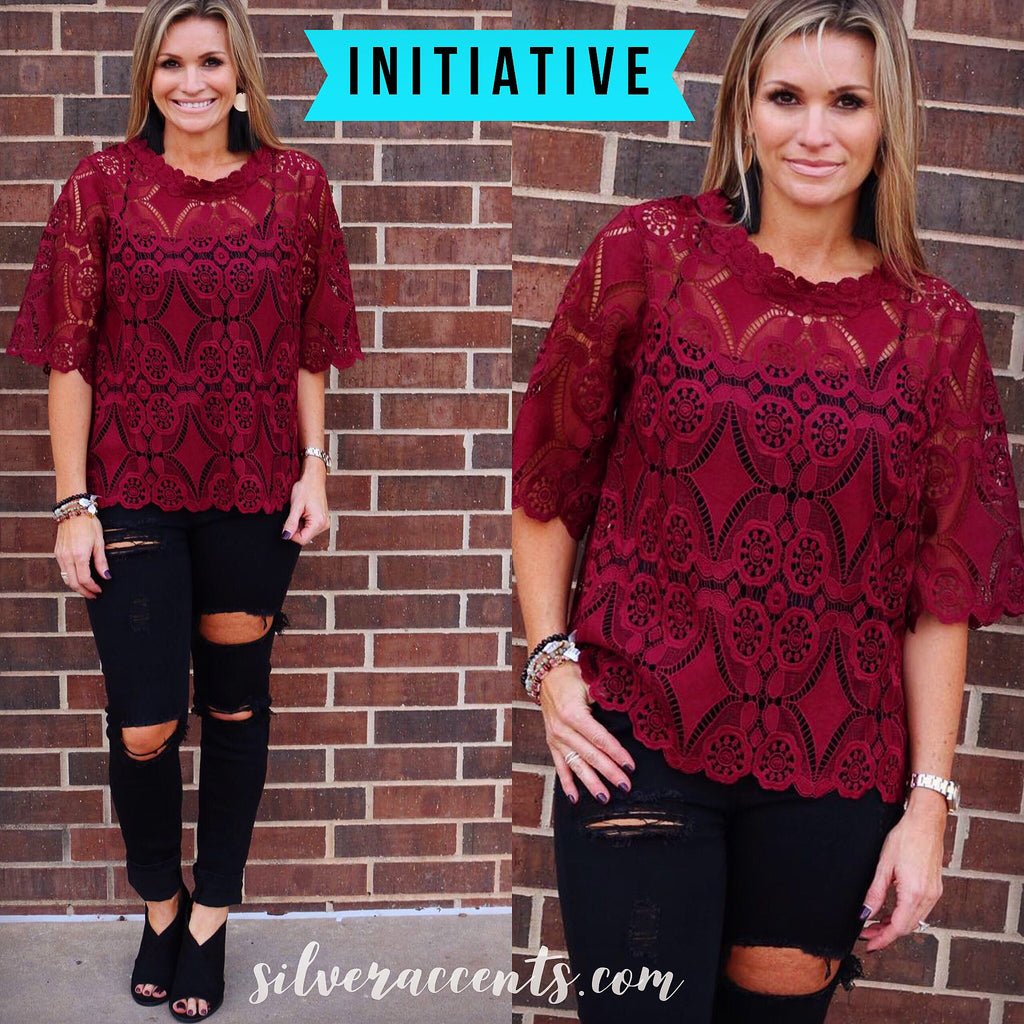 INITIATIVE Crochet Lace Elbow Sleeve CrewNeck Top
