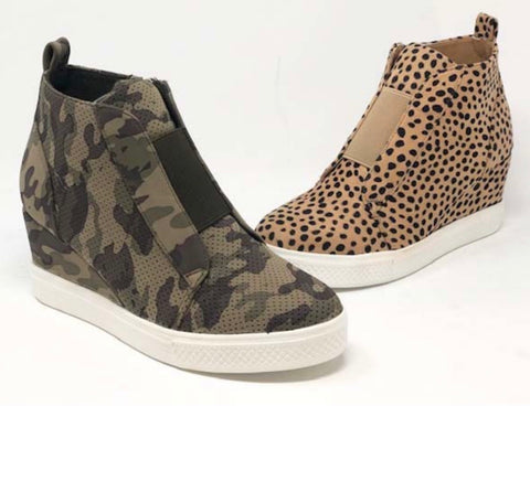 BREEZY Print Hidden Wedge Sneaker Shoe