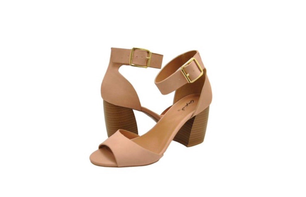 LAUREL Nubuck Ankle Strap Single Band Shoe