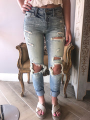 KC MAMA MIA Destroyed Boyfriend Fit Jeans