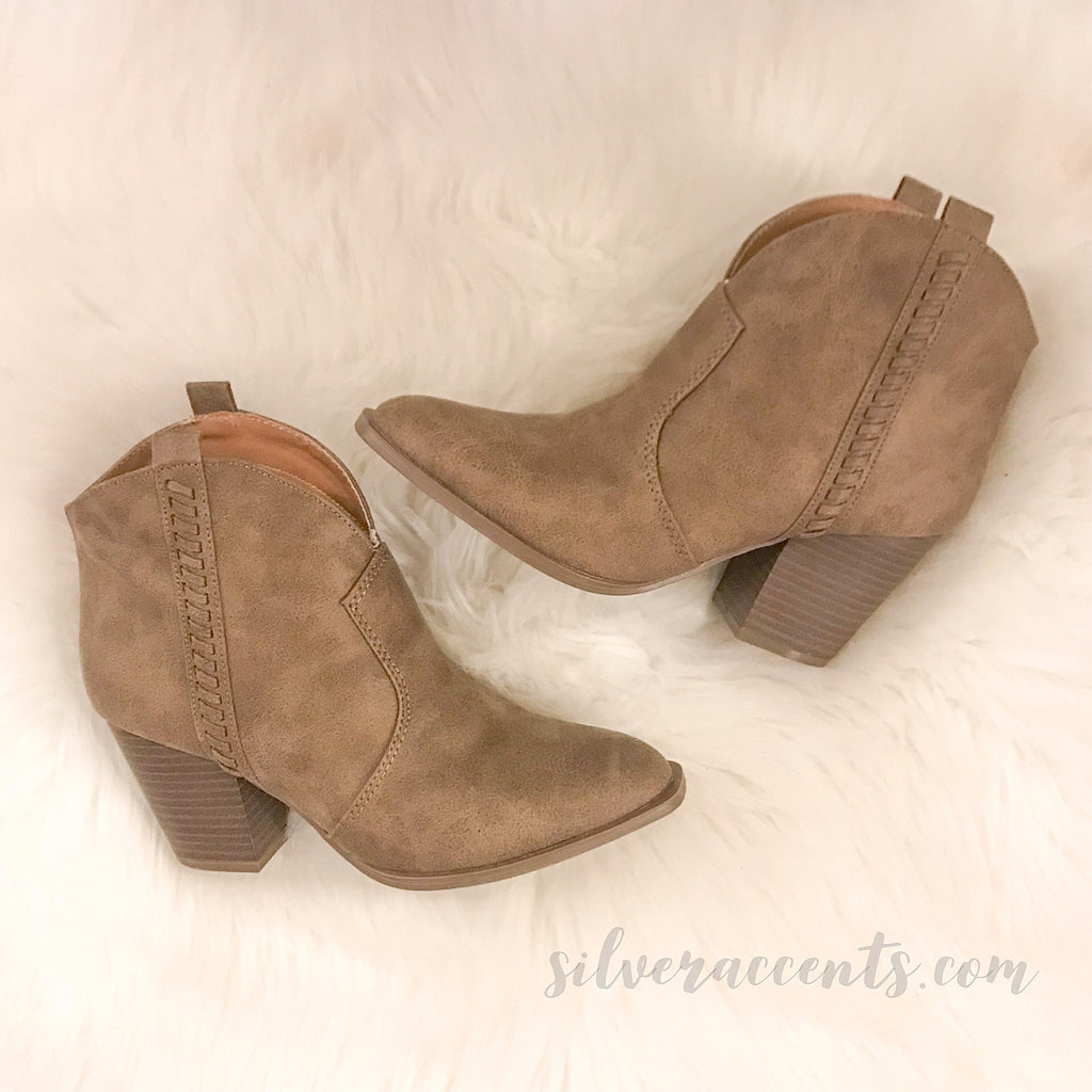 CIARA Whipstitch Stacked Heel PullOn Booties
