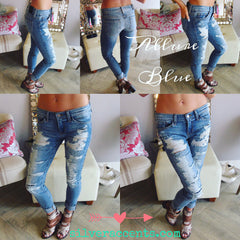 FLYING MONKEY Destroyed ALLURE BLUE Patched Slim Boyfriend Jean