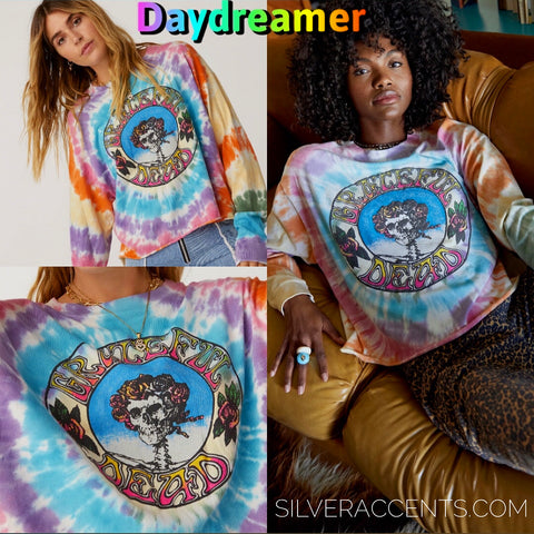 DAYDREAMER TieDye THE GRATEFUL DEAD Skull and Roses Long Sleeve Crop Tee