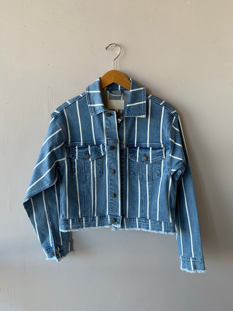 LIGHTNING OverSize Striped Crop Jacket