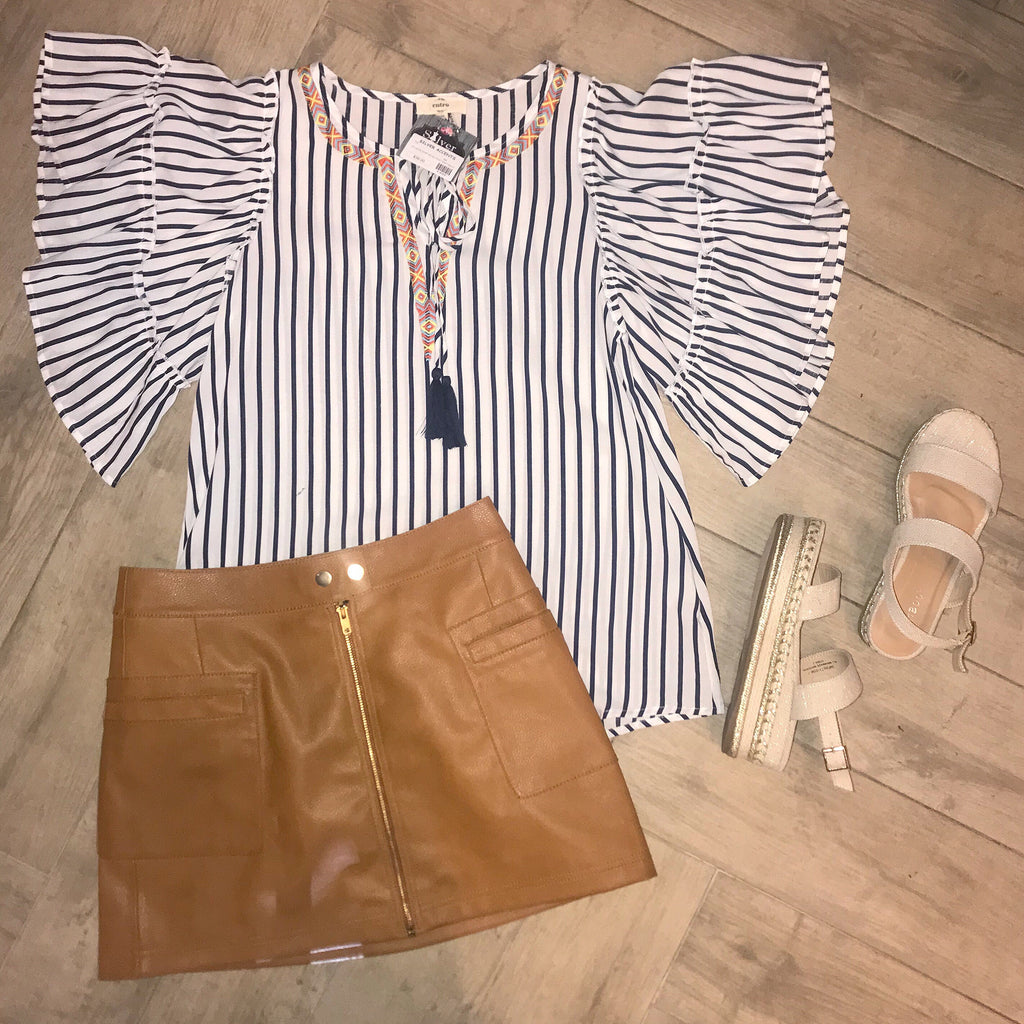 HILLSIDE Stripe Aztec Top
